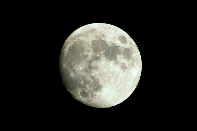 片見月 意味