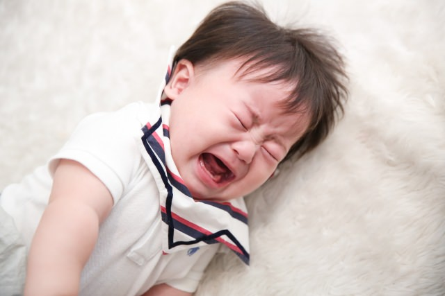 赤ちゃん 泣く 理由