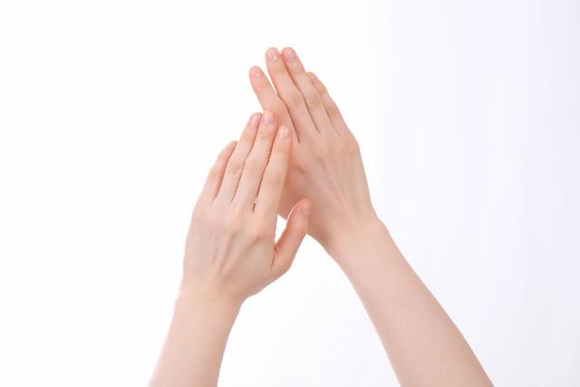 指 ひび割れ