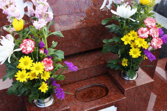 お墓参り 花